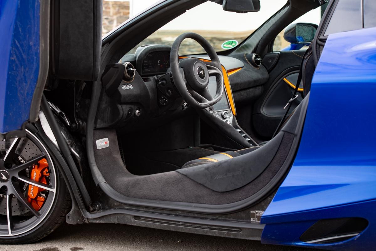 McLaren-37