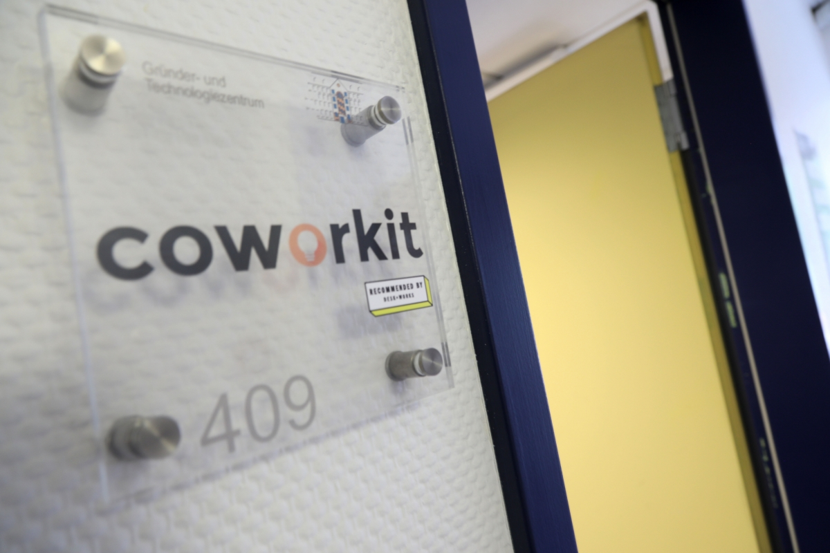 upcoworkit01